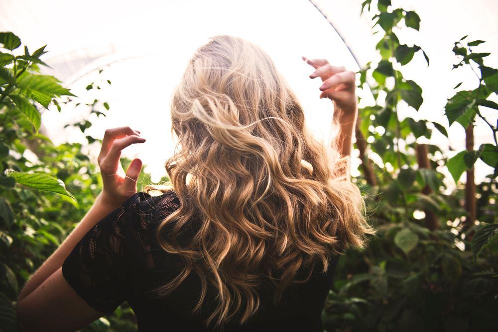 Riktig pleie til tørt og behandlet hår